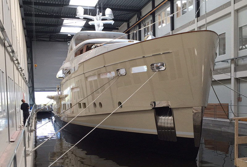 34m-Displacement Motoryacht